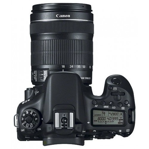 Canon EOS 70D Kit 18-135mm f/3.5-5.6 IS STM
